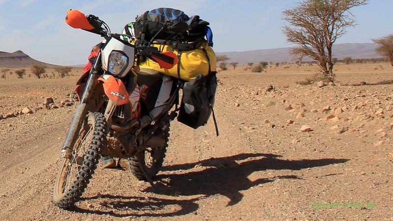 KTM 690 Enduro R - ein ideales Reisemotorrad für Marokkos Pisten: Leicht, Kräftig, genügsam.