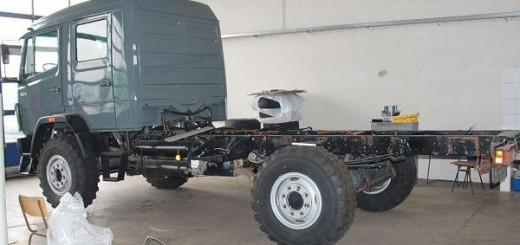 MB 1124 AF: Fahrgestell ohne Koffer