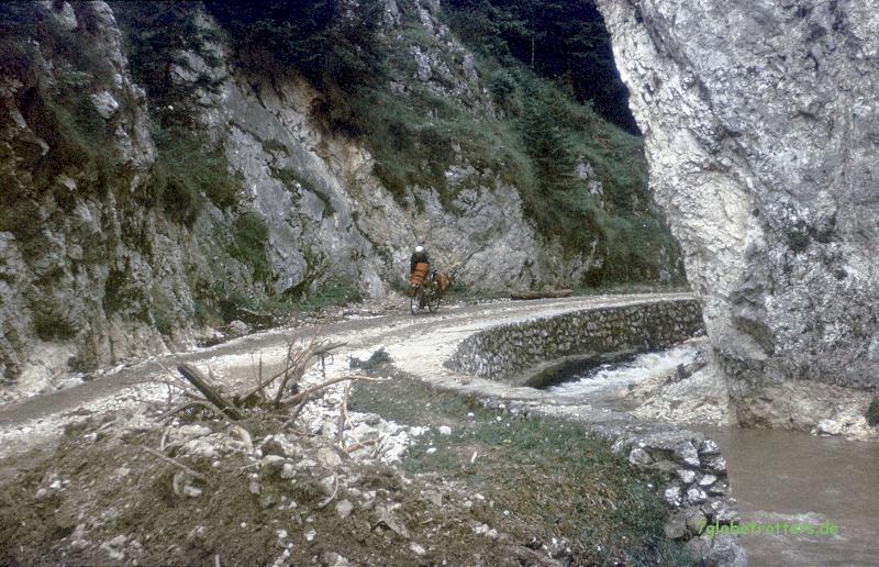 1988-Osteuropa-119-pestera-dambovicioara
