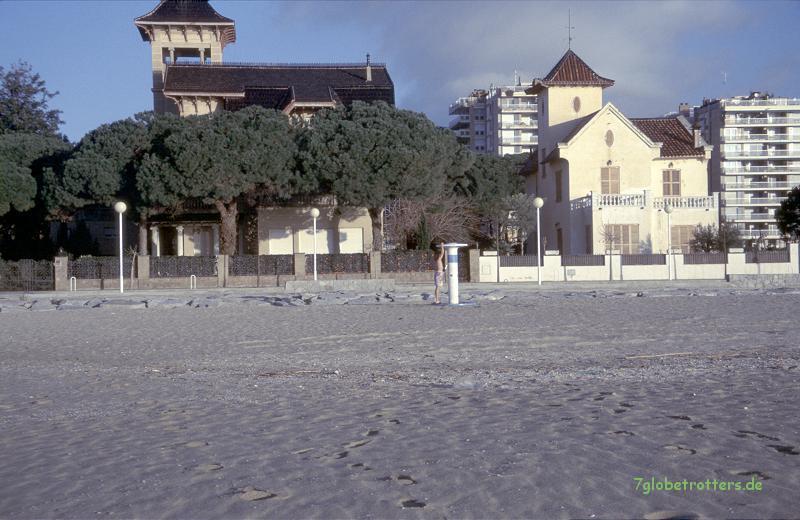 1996 Spanien: Morgendusche an der Costa Brava