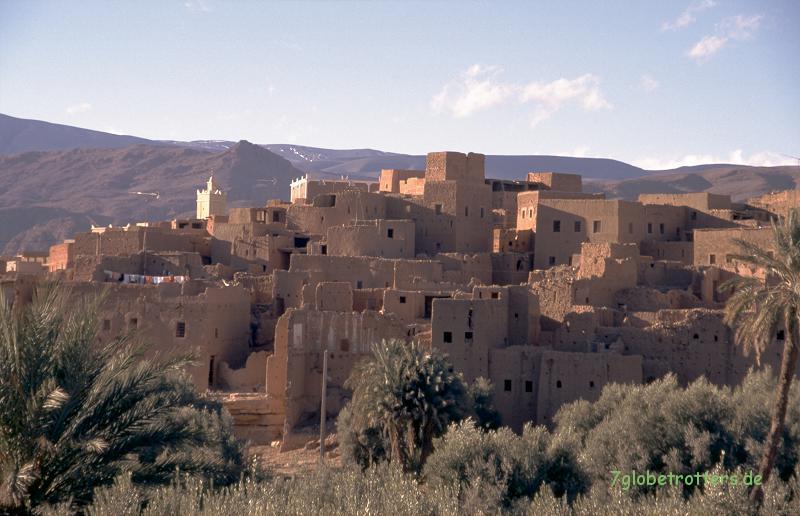 1996 Marokko: Lehmdörfer am Fuß des Hohen Atlas in Marokko