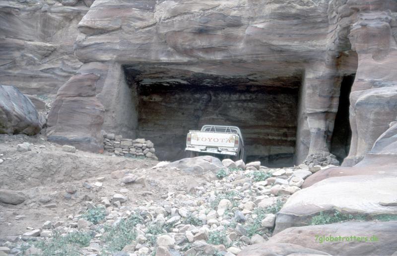 Praktische Felsengarage in Petra