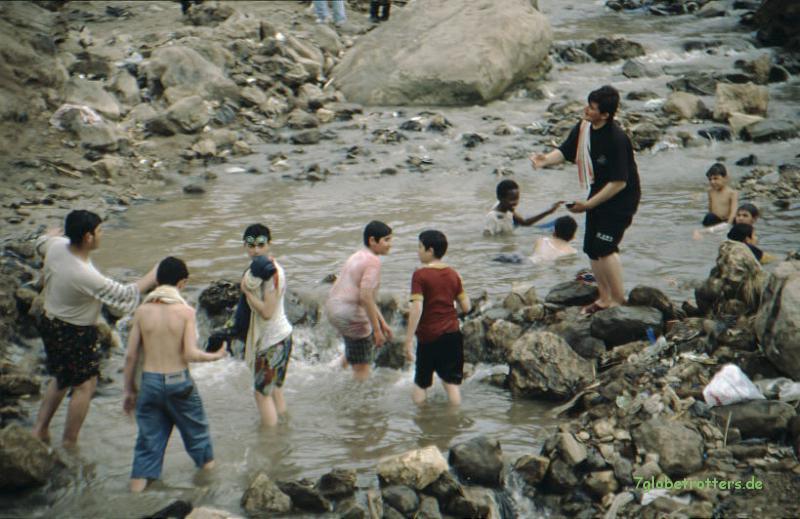 Der Thermalfluss von Hammamet M'ain am Toten Meer