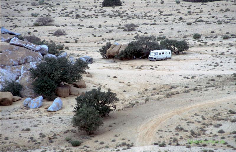 MB 508 D an Christos Blauen Felsen in Marokko