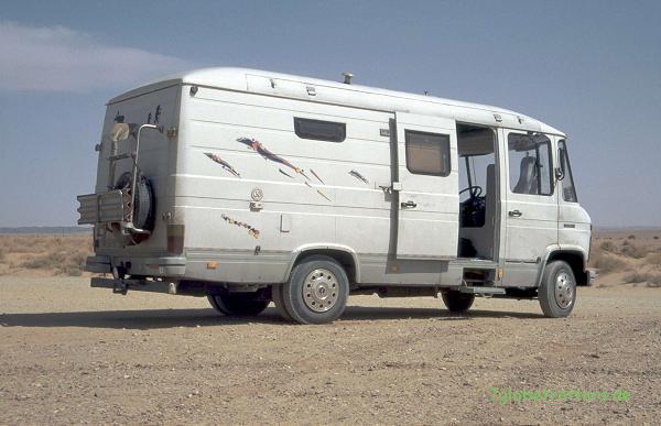 Mit dem MB 508 D Wohnmobil in Marokkos Wüsten - ohne Allrad