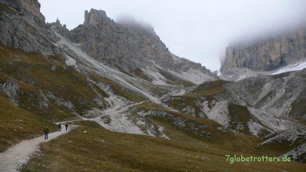 Abstieg von der Grasleitenpasshütte