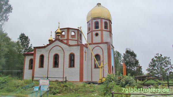Intensiver Kirchenbau in der Ukraine