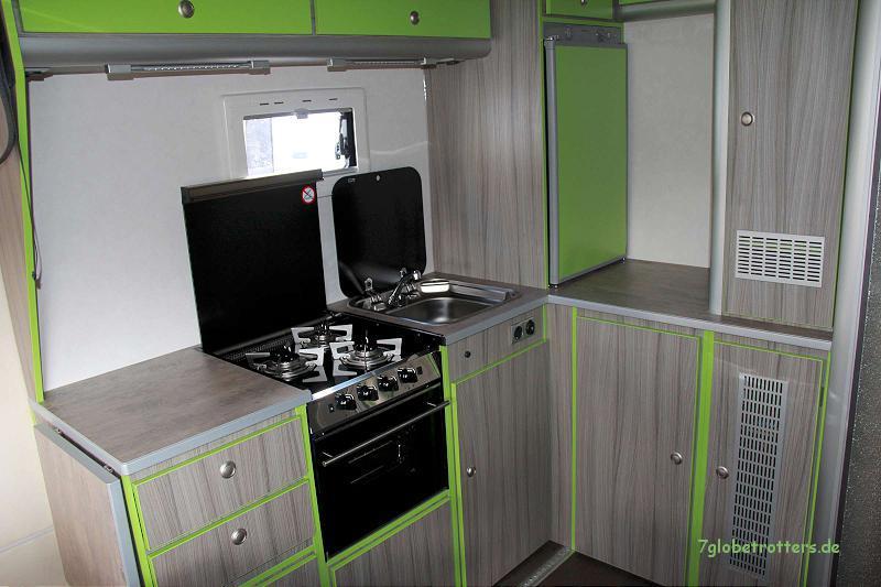 Backofen im Wohnmobil: Dometic Moonlight Three mit 3flammigem Gasherd im Wohnmobil - auch zum Nachrüsten