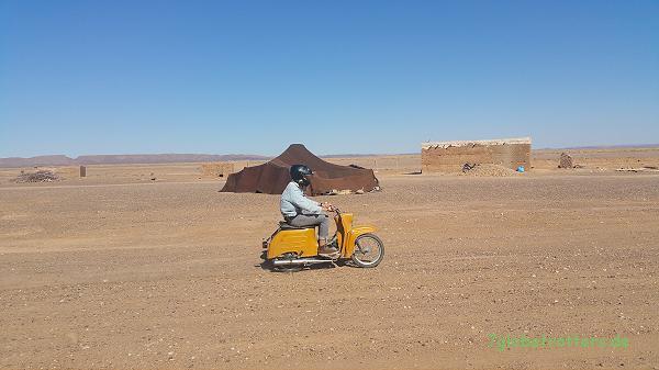 Simson Schwalbe in der Wüste