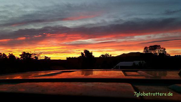 Sonnenaufgang über dem Erg Chebbi