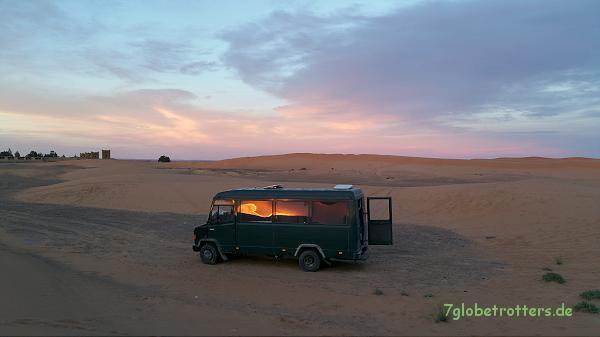 Der Sonnenuntergang am Erg Chebbi beginnt