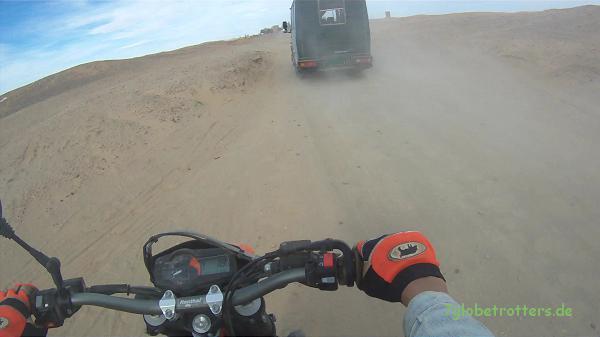 MB 711 D auf der Wüstenpiste