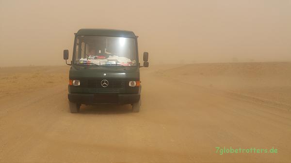 Sandsturm nahe des Erg Chebbi, Marokko 2016