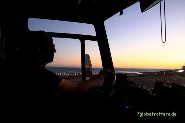 Abendstimmung bei der Stellplatzsuche am Atlantik nördlich von Agadir