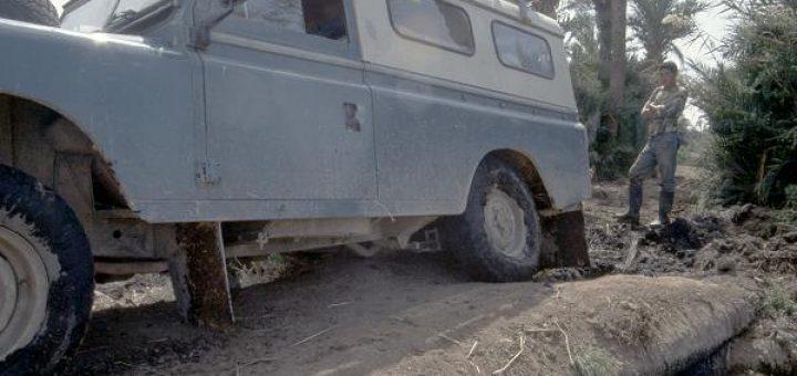Bergung eines abgerutschten Land Rover in Marokko 1992