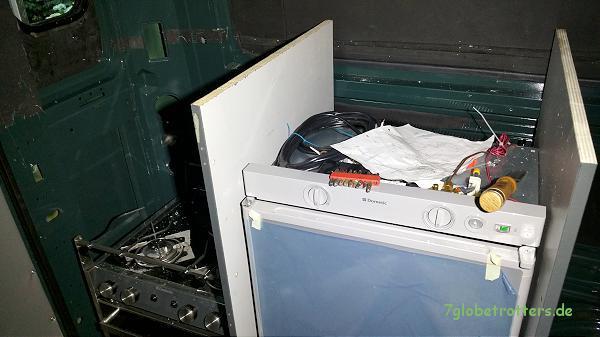 ᐅ Abluftöffnung für den Absorber-Kühlschrank in der Lexanscheibe ...