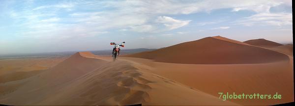 Enduro fahren lernen in der Wüste ist ungefährlich: Der Sand ist immer schön weich