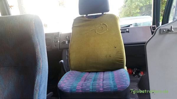 Der Fahrersitz wird zum Beifahrersitz mit Drehkonsole
