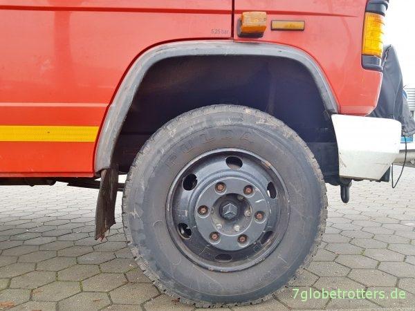 Bereifung Mercedes 711 Feuerwehr auf 8.5R17.5 Felgen