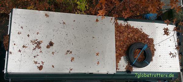 Herbststimmung auf dem Tropendach - mit Ersatzreifen
