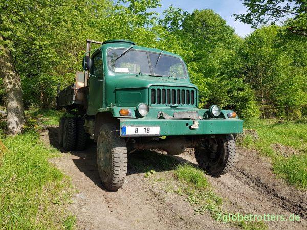 Aktiver Praga V3S 6x6 Pritschenwagen