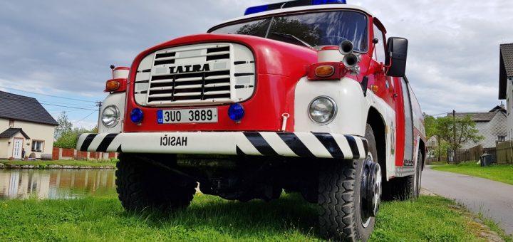 Tatra 148 6x6 Tanklöschfahrzeug Front