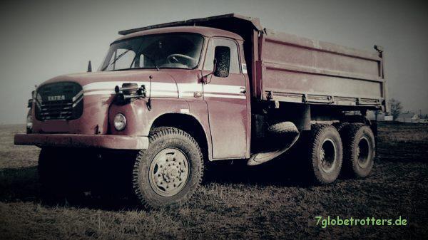 Tatra 148 S3 Hinterkipper (Foto: Juraj Hlaváč, entnommen aus Kunkel, S. 59)