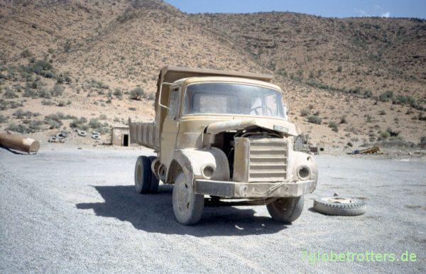 Hauber in Marokko: Fahrbereiter Berliet im Steinbruch Abaynou