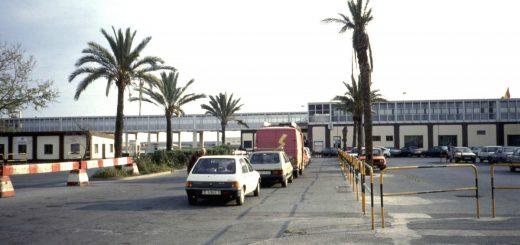 An der Fähre in Ceuta