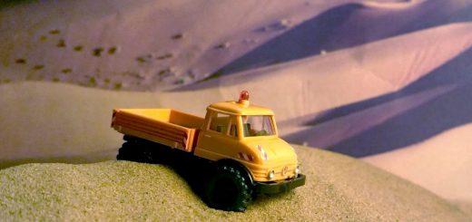 Unimog U 406 Kommunal im Sand