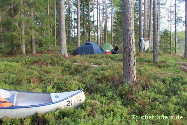 Kanutour mit Kindern in Schweden: Waldzeltplatz am Glaskogen