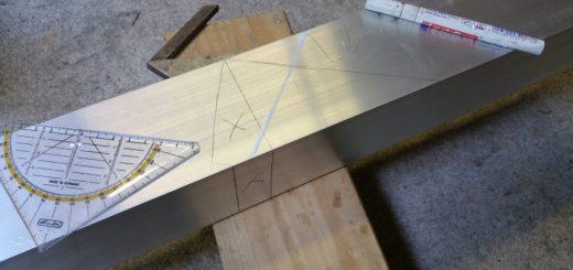 Herstellung des Abluftschornsteins aus 80er Alu-Vierkantrohr