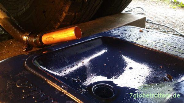 Kurzschließen der alten Warmwasserheizung mit 22 mm Kupferrohr