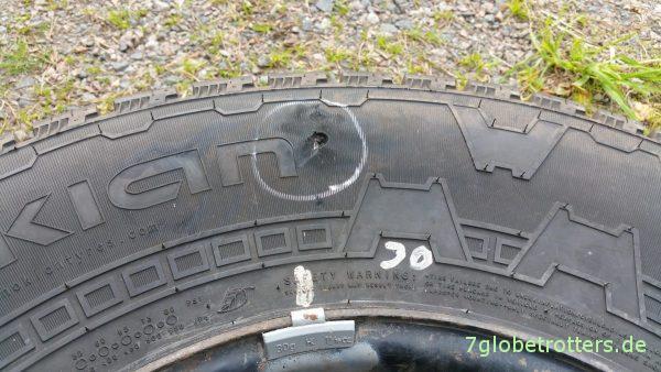 Beschädigter Reifen