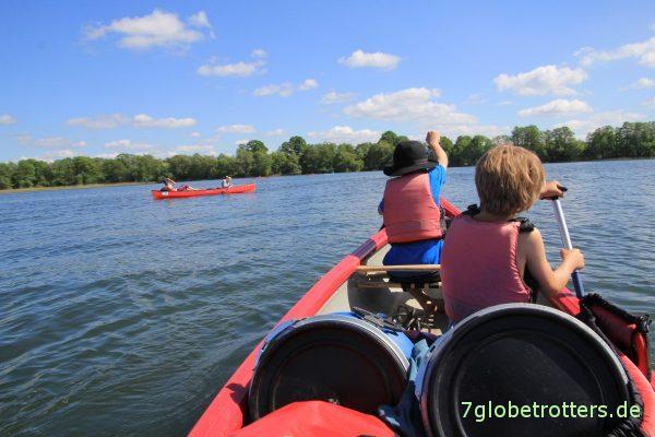 Tipps für Paddeltouren: Auf dem Wasser ist alles easy, selbst allein mit 2 Kindern im 4er