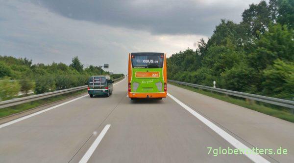 Linienbus mit Reifenschaden? Macht nix!