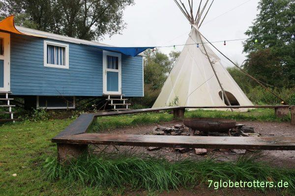 Camp der Umweltpiraten an der Einsetzstelle in die Lahn