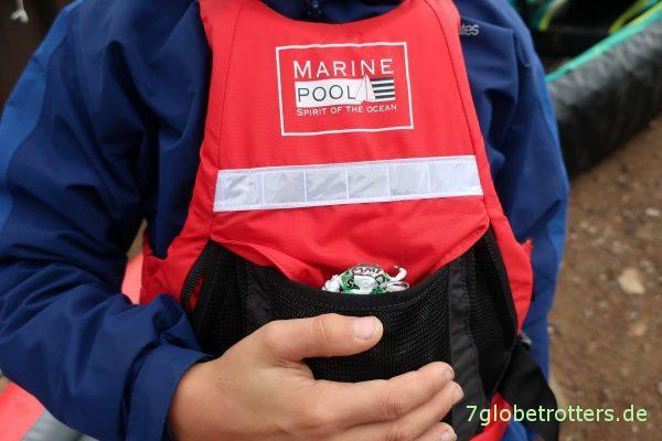 MarinePool: Schwimmweste mit Bonbonvorratstasche