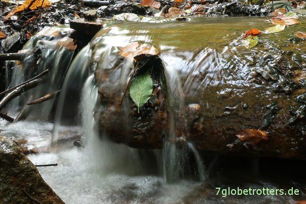 Wasser. Canon G9XII mit flexiblem Ministativ (Joby Gorillapod Hybrid)