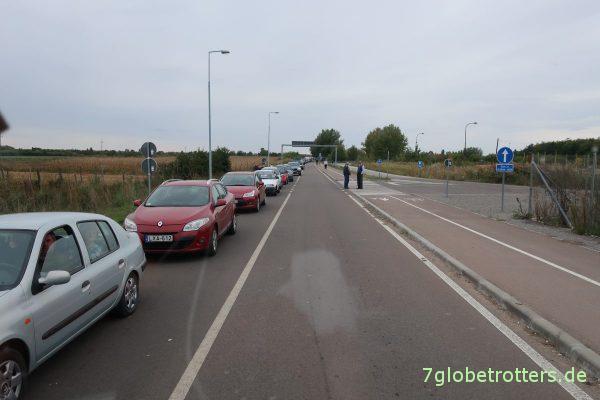 Stau an der Grenze von Serbien nach Ungarn
