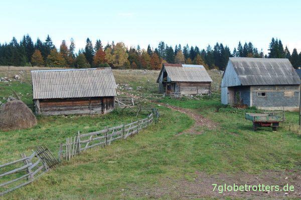 Bosnien-Herzegowina/Republika Srpska: Holzhäuser und Fichtenwälder