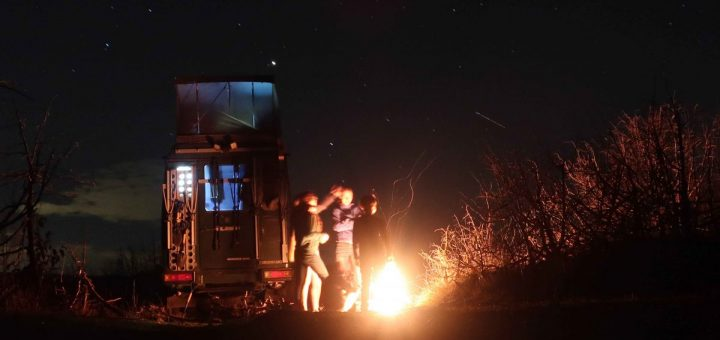 Bosnien-Herzegowina: Lagerfeuer im Minenfeld von Šenkovići