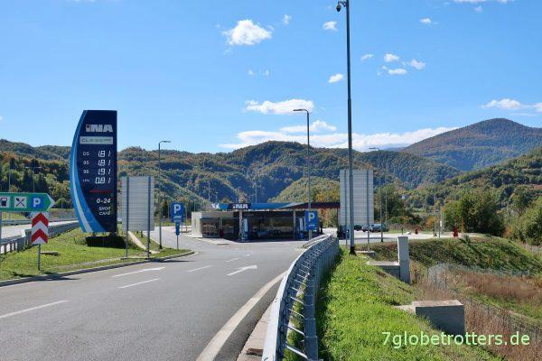 Bosnien-Herzegowina: Raststätte Bukovica