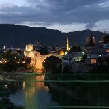 Mostar: Stari Most im Abendlicht