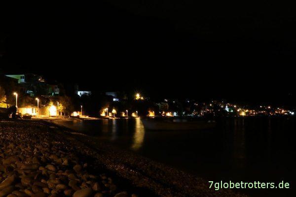 Ziel erreicht: Nächtlicher Strand von Podaca / Kroatien