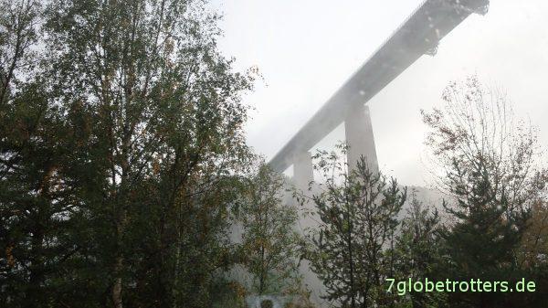Brennerautobahn: Europabrücke im Regen