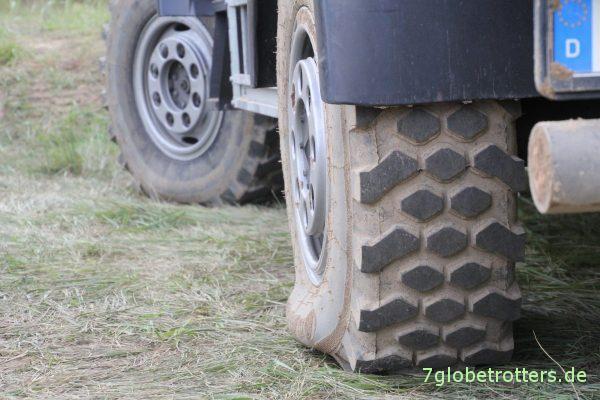 Offroad-Wohnmobil: Der Reifenluftdruck bestimmt über die Geländegängigkeit