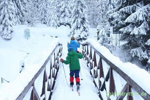 Isergebirgische Grenzbrücke zwischen Tschechien und Polen