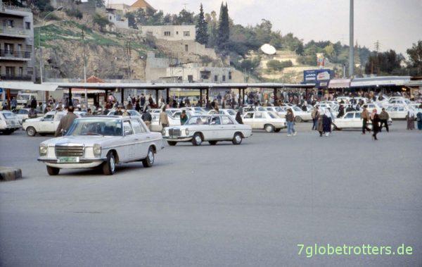 Alles Benziner: Mercedes Taxis in Amman / Jordanien