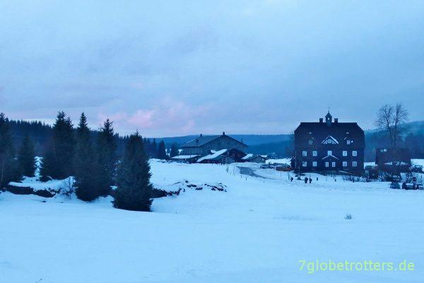 Klein Iser (Jizerka): Abendstimmung zu Silvester im Isergebirge
